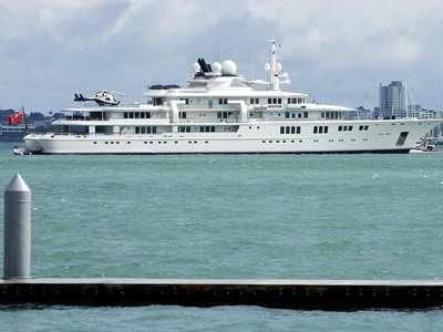 Microsoft cofounder Paul Allen threw an exclusive party on one of his superyachts during the Cannes Film Festival