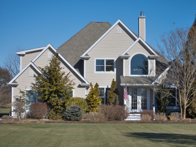 How much it costs to buy a home right now in 21 of the for How much is a house in the hamptons