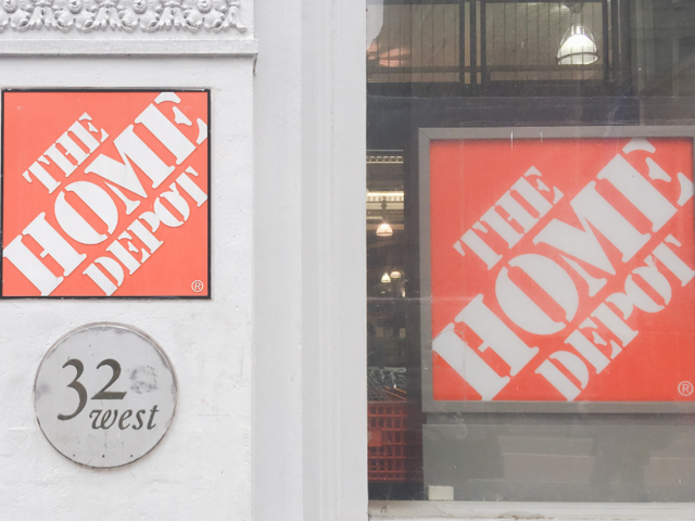 We shopped at Home Depot and Lowe\'s to see which store was better ...