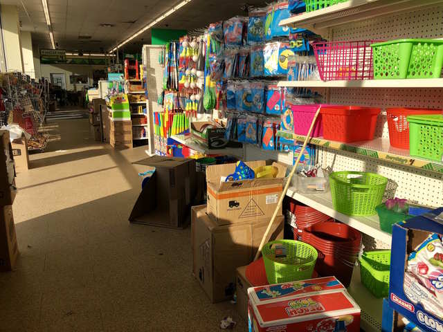 8a0e9a9b5 Dollar Tree is one of the only chains that Amazon can t beat - and ...