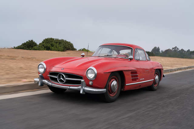 1956 Mercedes-Benz 300 SL Gullwing: (Estimate: $1,100,000-$1,300,000 without reserve)