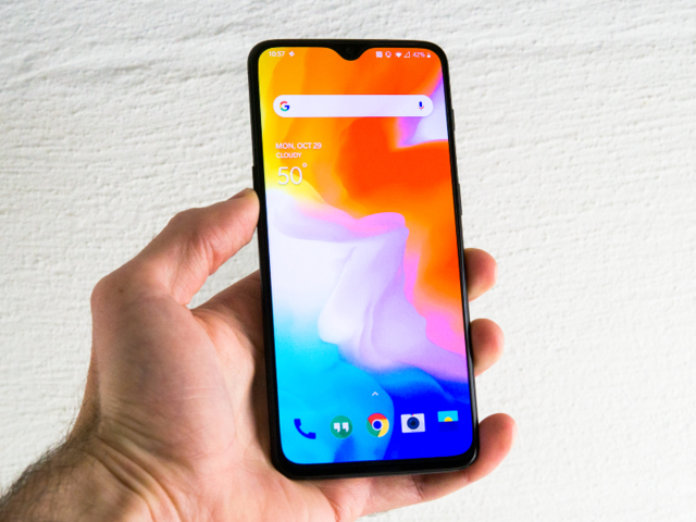So what does the OnePlus 6T have that makes it a better buy than