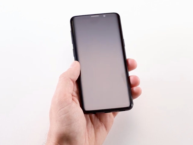 A screen protector to keep the Galaxy S10's screen from getting scratched or cracked