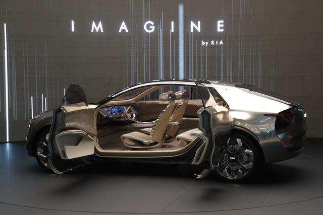 25 mau xe nong nhat tai trien lam o to Geneva 2019