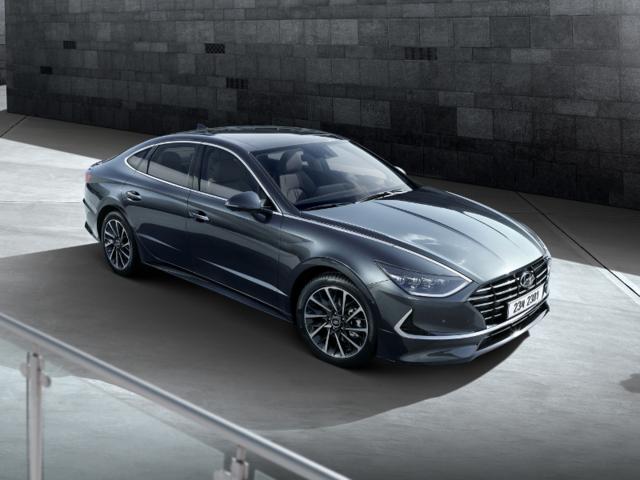 Hyundai's next generation's Sonata midsize sedan will make its auto show debut in New York.