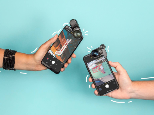 A camera lens kit for her phone