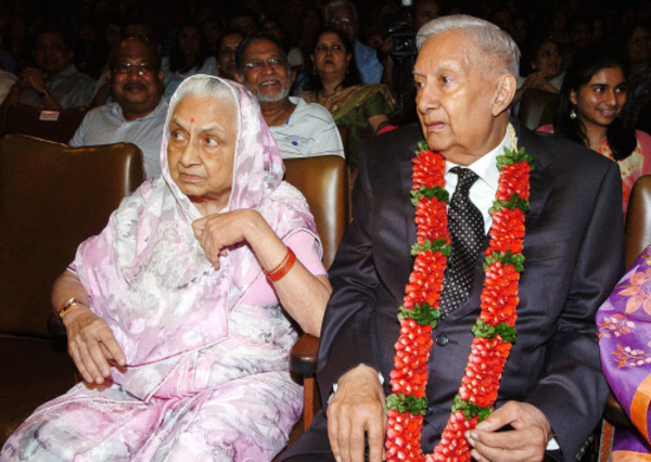 India's business icon BK Birla passes away at 98 leaving
