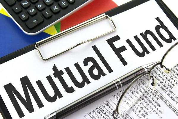Top 20 mutual funds in India and their performance over the last one