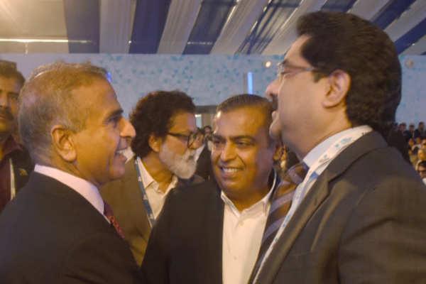Mukesh Ambani's reliance jio wins fight against Vodafone