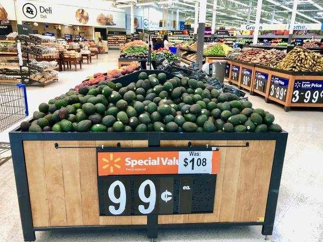 We went to check out the different fruit stands. Everything looked remarkably fresh, including these avocados that were only $0.99 each.