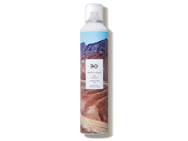 A volumizing, oil-absorbing dry shampoo