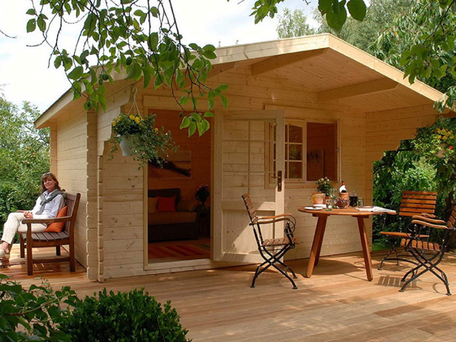 It should come to no surprise then that the tiny home started to grow in popularity during the recession starting in 2007, when families were forced to find less expensive and simpler ways to live.