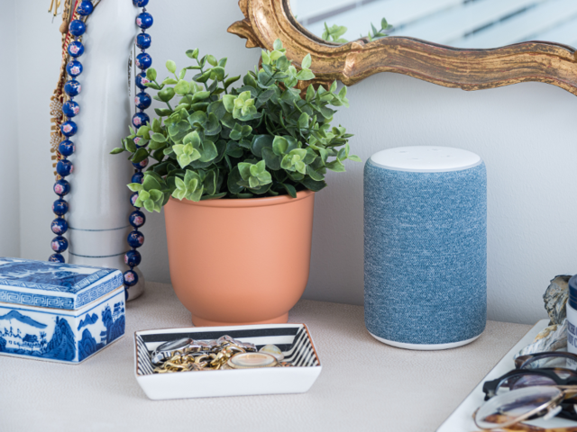 Amazon Echo Flex Plug-In Smart Speaker Launched in India at Rs. 2,999