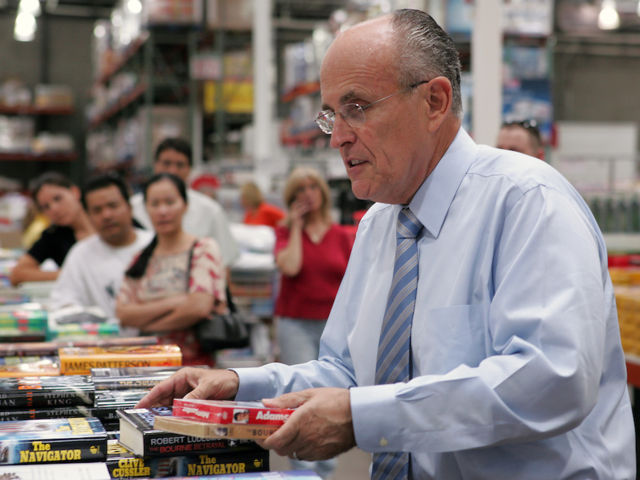 Former New York City Mayor Rudy Giuliani was spotted shopping at a Costco in Reno in 2007. He reportedly bought a selection of DVDs, socks, and a book about Richard Nixon.