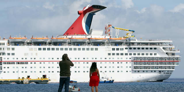 Cruise ship passengers, crew member diagnosed with coronavirus