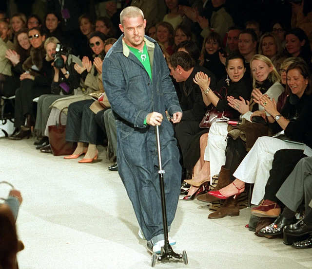 The Life And Rise Of Legendary Designer Alexander Mcqueen Who Would Have Been 51 Today Businessinsider India