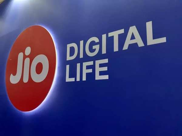 40% tariff hike boosts Reliance Jio's profit by 73% in just three months —  and there's a lot more coming from the Mukesh Ambani stable | Business  Insider India
