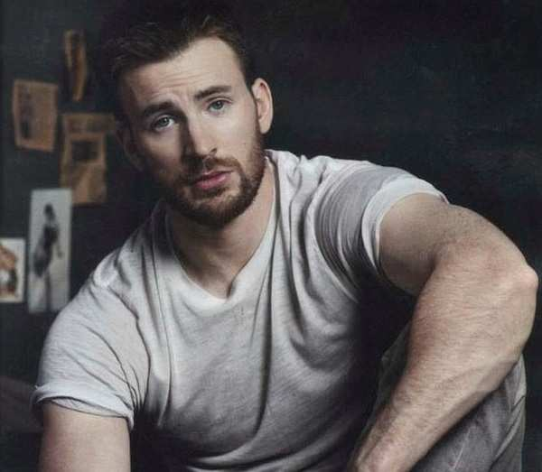 Chris Evans Joins Instagram And Of Course Avengers Assemble Business Insider India