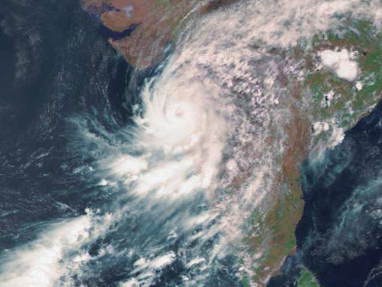 Cyclone Nisarga snaps mobile network in south Alibaugh