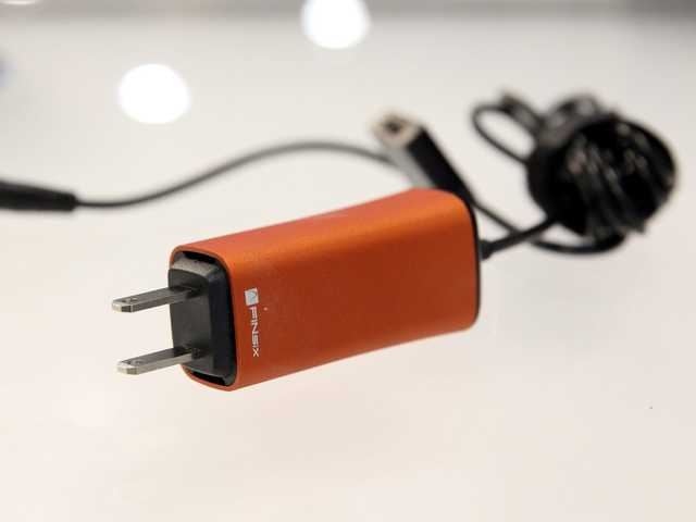 6 ways to care for your laptop charger and power cord to extend its life | BusinessInsider India