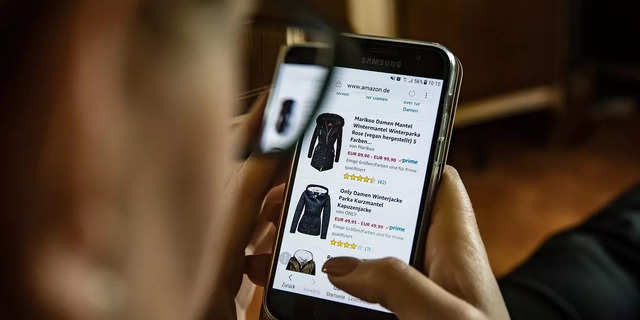 Online shoppers in India expected to reach 500 million by 2030: MMA and GroupM report
