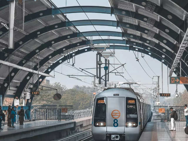 Your phone may replace your metro card soon — DMRC is planning to introduce NFC payments at entry gates