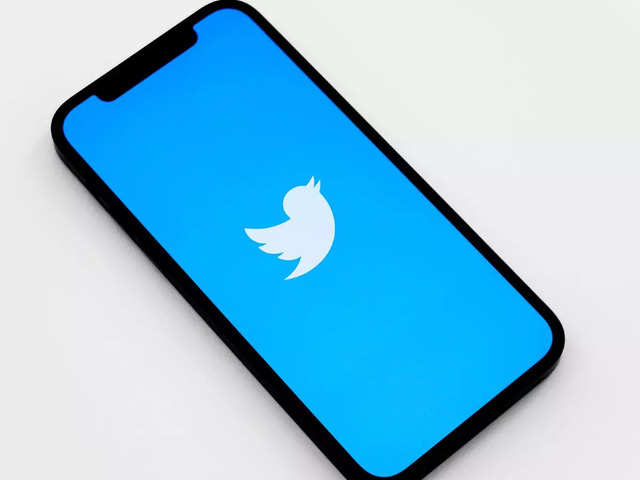 Twitter study reveals its algorithms amplify political tweets from right-leaning users