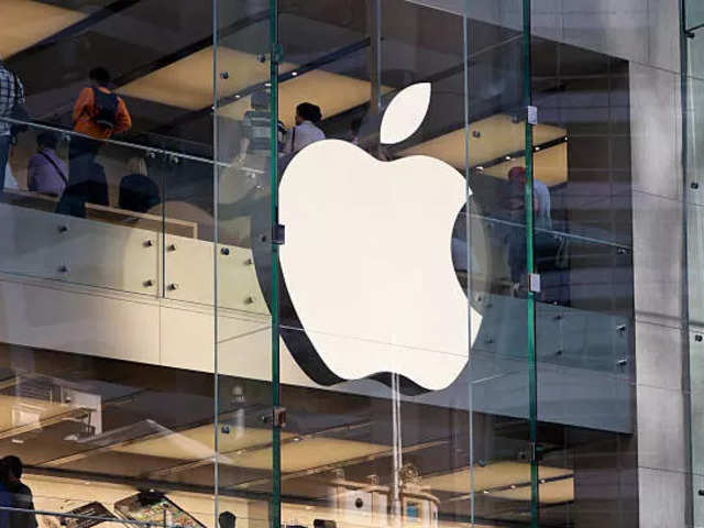 Apple is hiring engineers and interns for their tech team in India