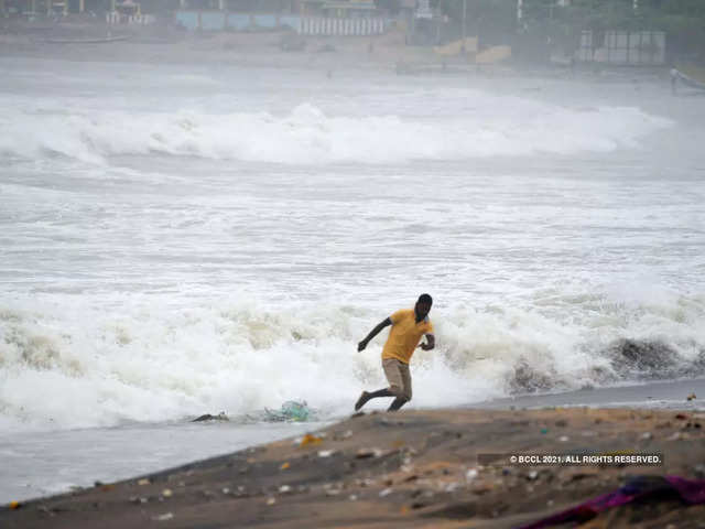 India incurred a loss of $87 billion due to climate-related hazards last year